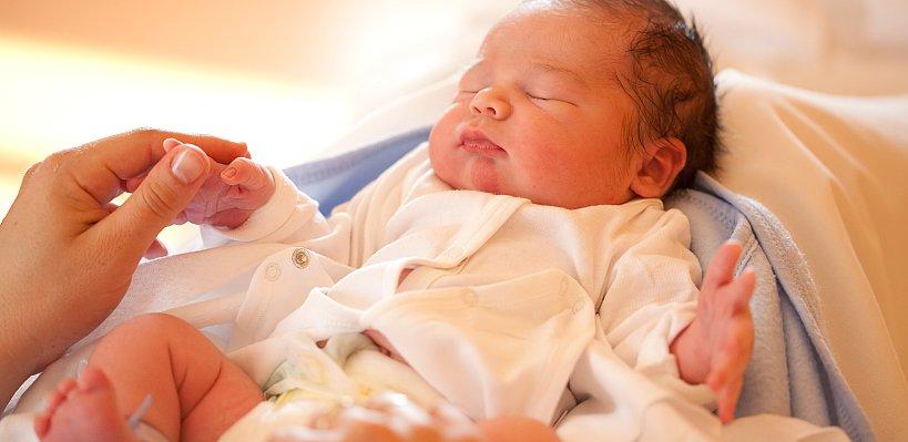 Yenidoğan bebeğiniz ilk haftasında neler yaşar?